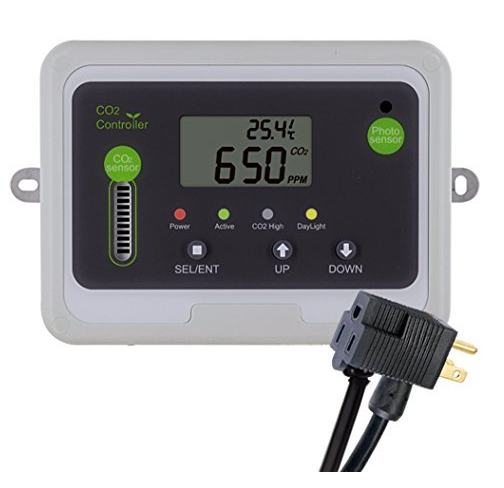 CO2Meter RAD-0501 Day Night CO2 Monitor and Controller